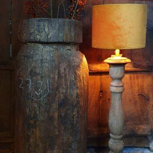 Balusterlamp bruin voor een landelijk interieur