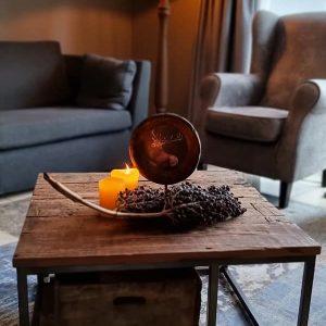 Salontafel gemaakt van oud doorleefd hout | Benard's Woonaccessoires