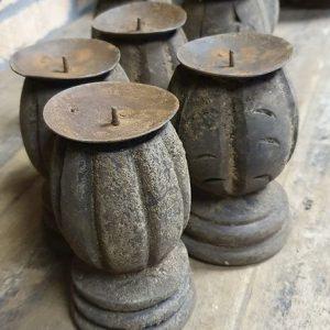 ornament klos kandelaars voor een stoer en sober interieur - Benard's Woonaccessoires