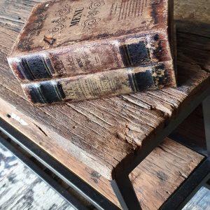Boek met tekst menu als decoratie en opbergkistje | Benard's Woonaccessoires