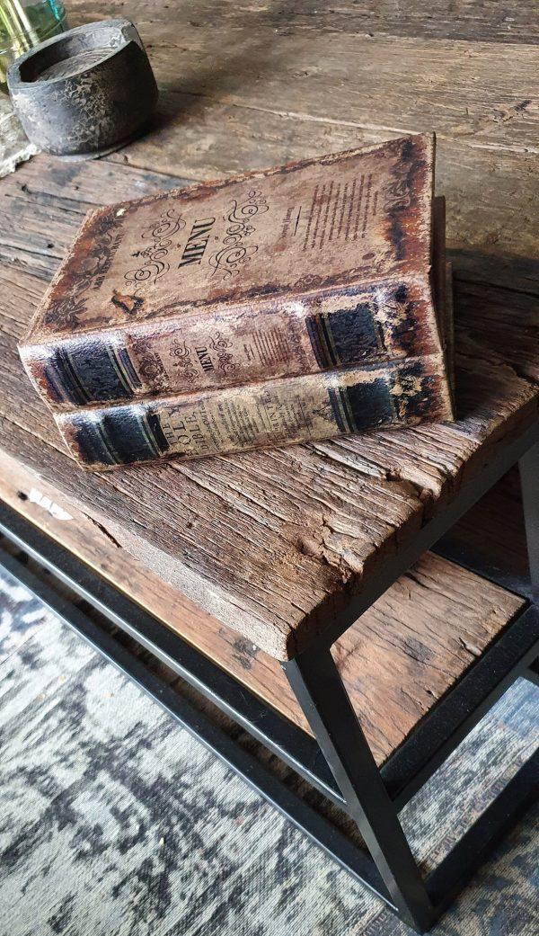 Boek met tekst menu als decoratie en opbergkistje   Benard's Woonaccessoires